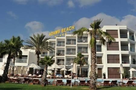 Invia – Adams Beach, Larnaca