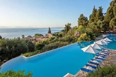 Invia – Aeolos Beach Resort,