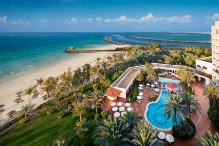 Invia – Hotel Ajman,