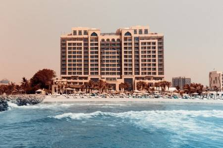 Invia – Ajman Saray, A Luxury Collection Resort, Ajman