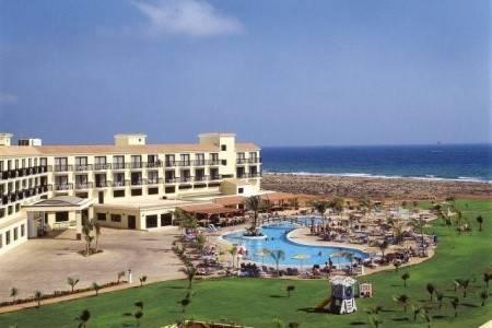 Invia – Anmaria Beach Hotel, Larnaca