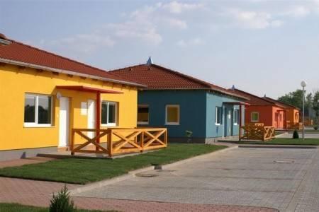 Invia – Apartmány Holiday Village, Senecké Jazerá