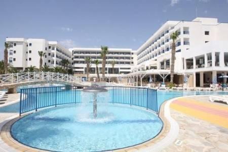 Invia – Ascos Coral Beach Hotel, Paphos (Pafos)