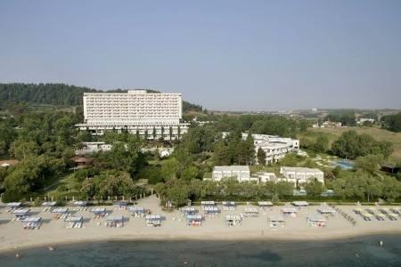 Invia – Athos Palace ****, Chalkidiki