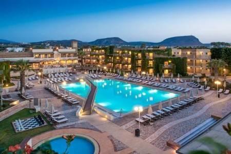 Invia – Bella Beach Hotel,