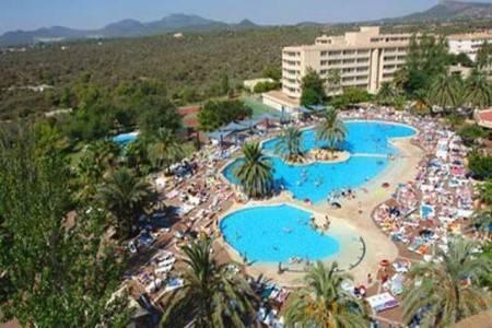 Invia – Club Cala Romani Hotel,