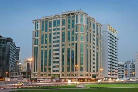 Invia – Coral Dubai Al Barsha,