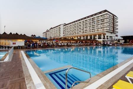 Invia – Eftalia Splash Resort, Alanya