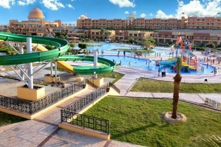 Invia – Abu Dabbab Beach & Resort,