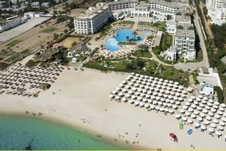 Invia – El Mouradi Palm Marina,