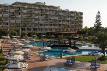 Invia – Electra Palace, Grécko