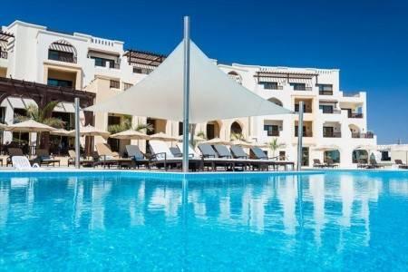Invia – Fanar Hotel & Residences, Omán