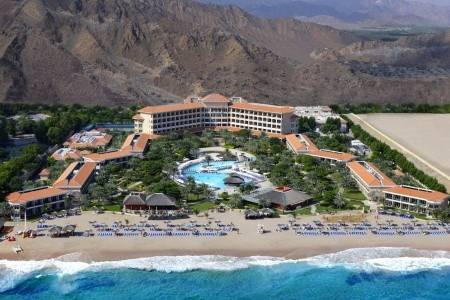 Invia – Rotana Fujairah Resort And Spa,