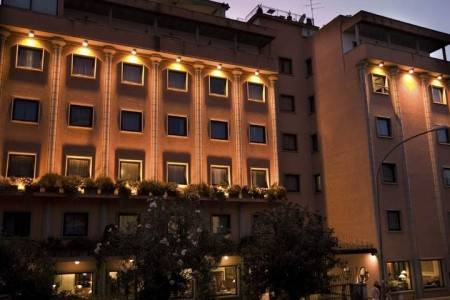 Invia – Grand Hotel Tiberio Rome, Rím