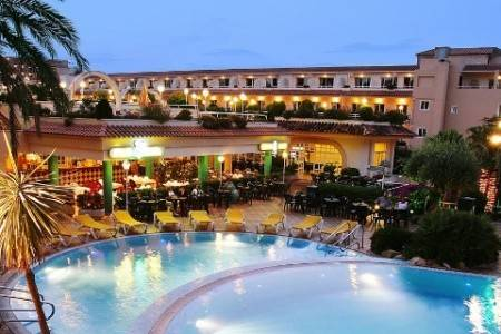 Invia – Guitart Resort & Spa,