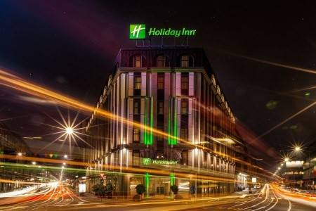 Invia – Holiday Inn Milan Garibaldi Station, Miláno