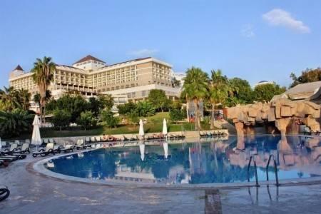 Invia – Horus Paradise Luxury Resort Hotel,