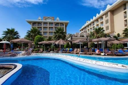 Invia – Adalya Resort & Spa, Turecko