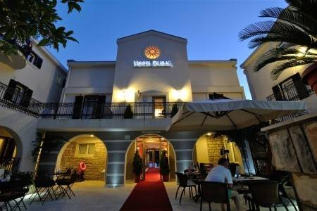 Invia – Hotel Durić, Čierna Hora