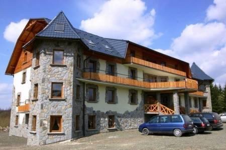 Invia – Hotel Orava, Západné Tatry