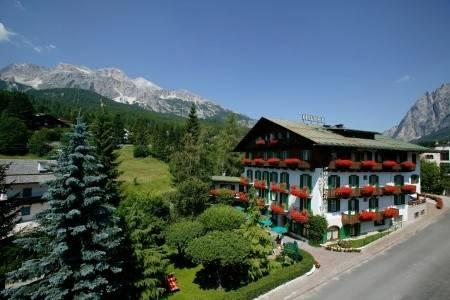 Invia – Hotel Pontechiesa, Cortina d´Ampezzo