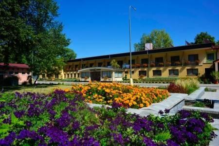 Invia – Hotel Thermal Varga, Južné Slovensko