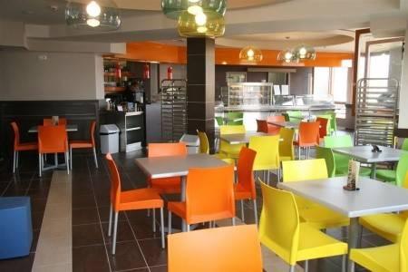Invia – Kolping Hotel Spa & Family Resort, Západ od Dunaja