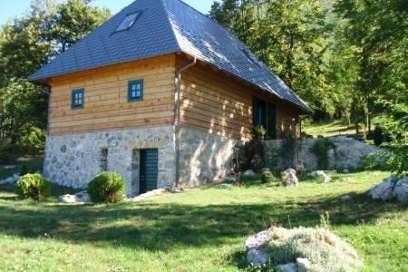 Invia – Lika House Bornstein, Plitvické jazerá