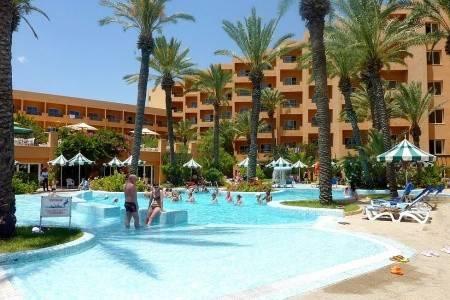 Invia – El Ksar Resort,