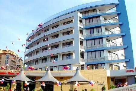 Invia – Marieta Palace