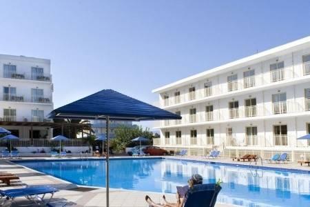 Invia – Marilena Hotel,