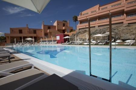 Invia – Marina Elite Resort, Gran Canaria