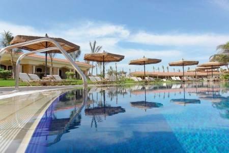 Invia – Maritim Jolie Ville Resort & Casino,
