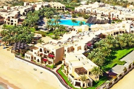 Invia – Miramar Al Aqah Beach Resort, Fujairah