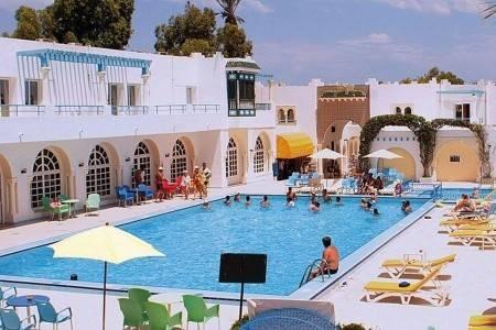 Invia – My Hotel Garden Beach,