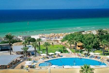 Invia – One Resort Monastir,