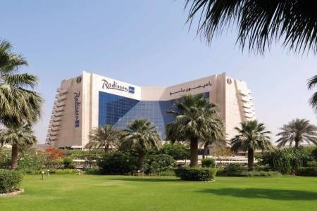 Invia – Radisson Blu Resort Sharjah, Sharjah