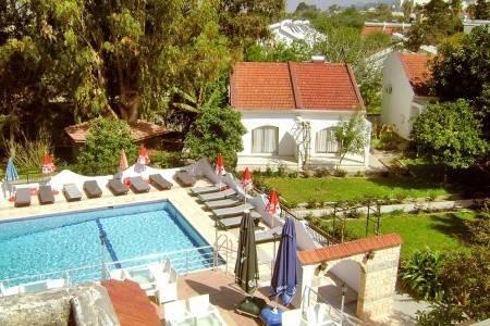 Invia – Rose Gardens Holiday Village, Severný Cyprus