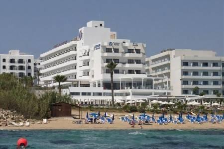 Invia – Silver Sands Hotel, Larnaca