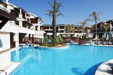 Invia – Kumköy Beach Resort & Spa *****,