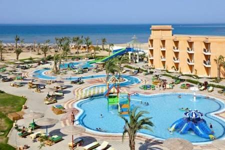 Invia – Three Corners Sunny Beach Resort,