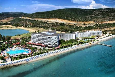 Invia – Tusan Beach Resort, Kusadasi