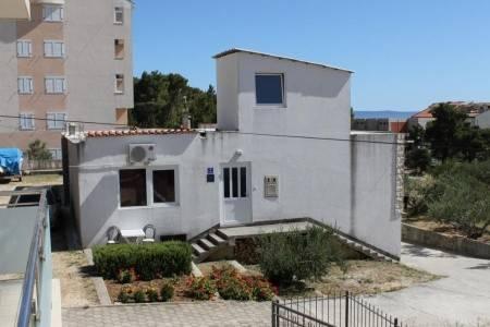 Invia – Ubytování Baška Voda (Makarska) – 6762,