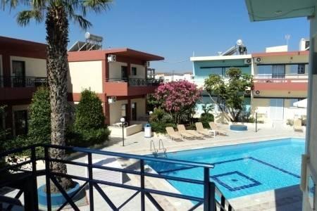 Invia – Villa Maria Aparthotel Clever,