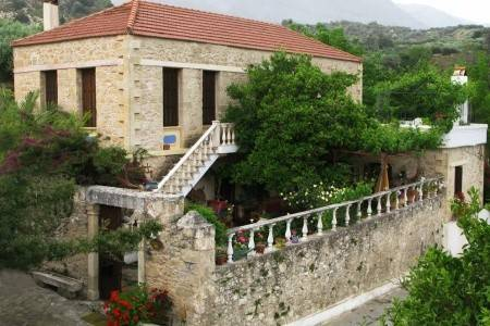 Invia – Villa Viglatoras, Grécko