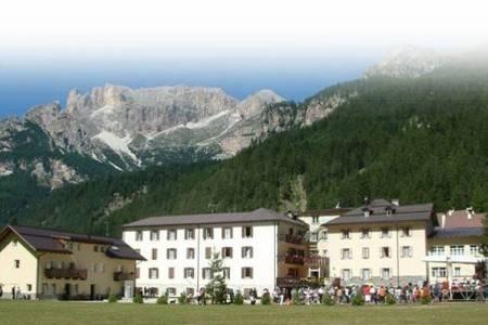 Invia – Casa Per Ferie Soggiorno Dolomiti Pig– Campestrin Di Fassa,