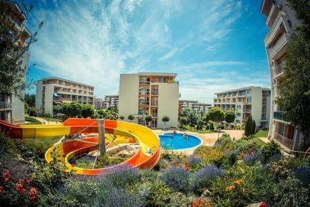 Invia – Crown Fort Club, Sveti Vlas