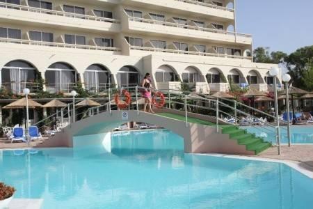 Invia – Dessole Olympos Beach,