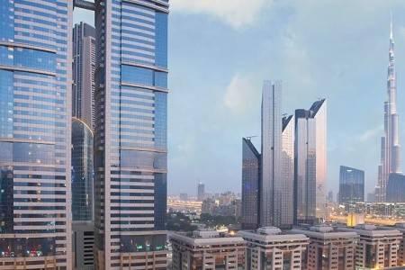 Invia – Emirates Grand Hotel,