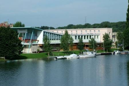 Invia – Györ, Amstel H194 – 6 Denní Wellness, Západ od Dunaja